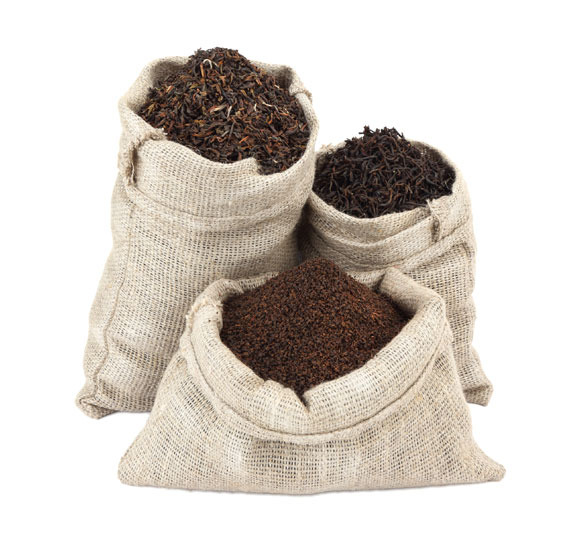 Schwarzer Tee in Säcken
